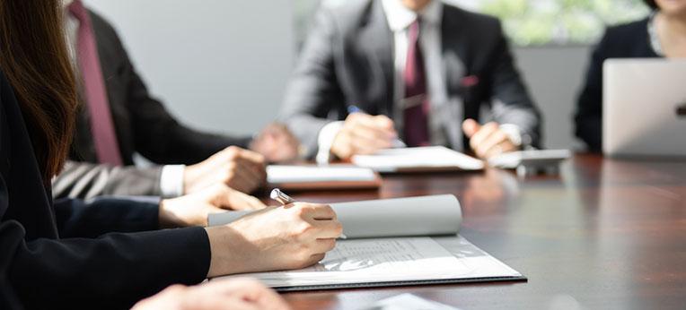 複数弁護士での多角的なアプローチ